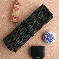 Saki Collection Pen Roll