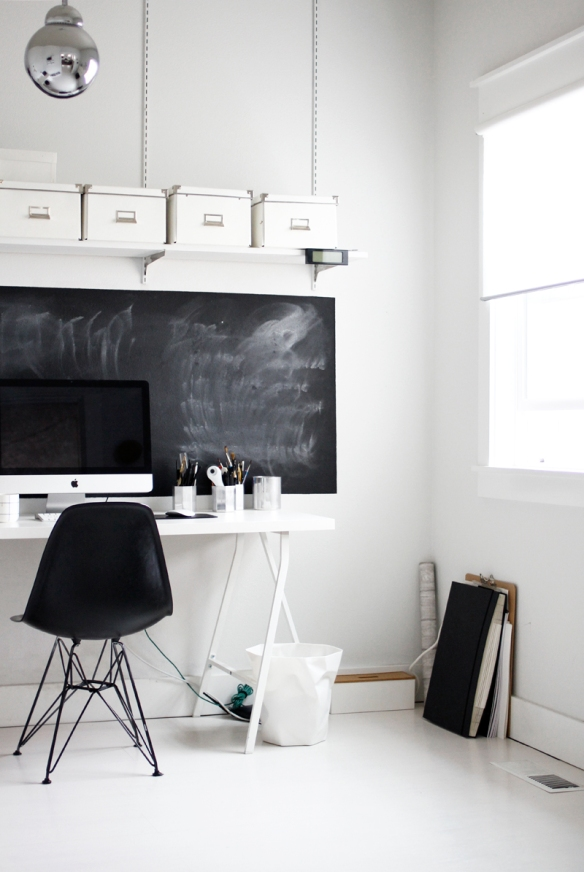 A black and white minimal space (via A Merry Mishap)