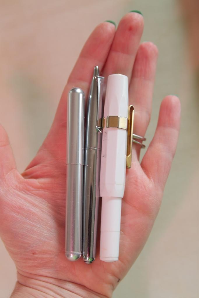 Monteverde Poquito fountain pen Size Comparison
